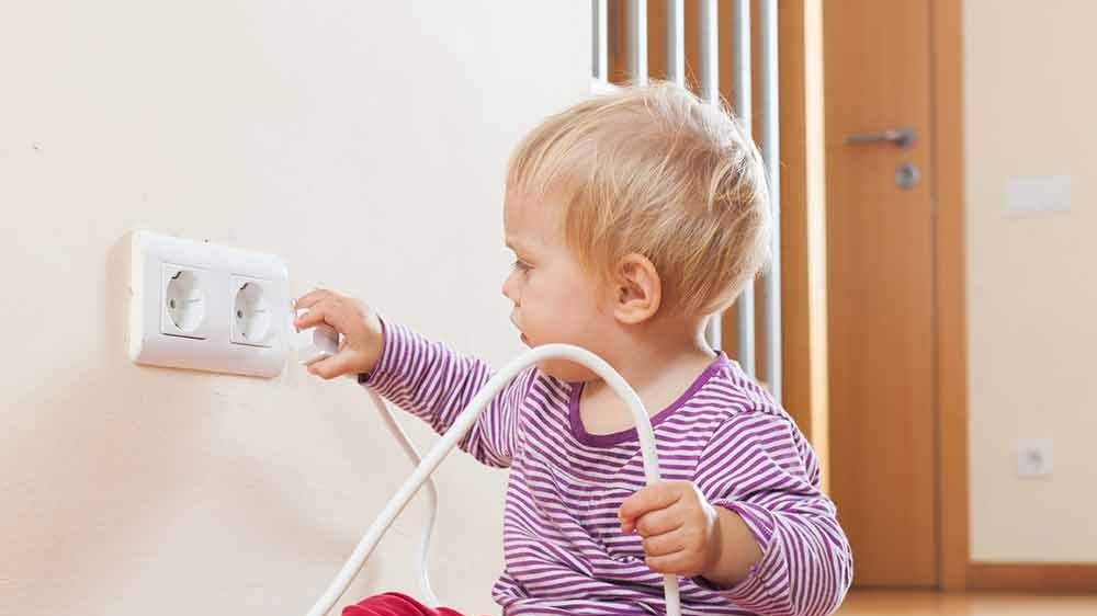 1546072727 shutterstock 196390862 baby plug 2