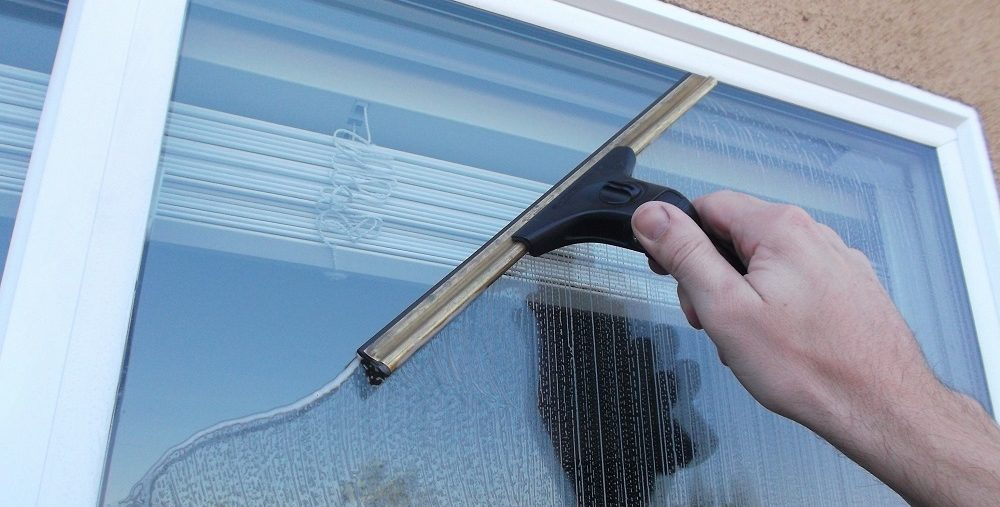 Brads Window Cleaning Tustin CA Orange CA Irvine CA Glass