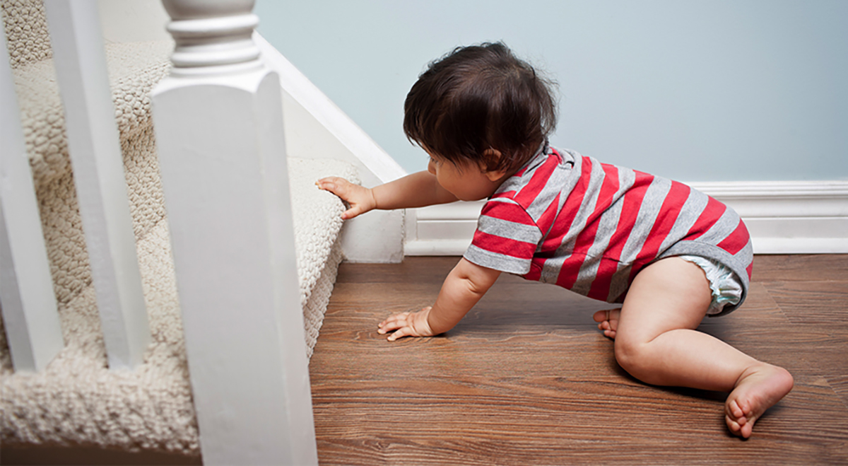 best retractable baby gate stairs 2