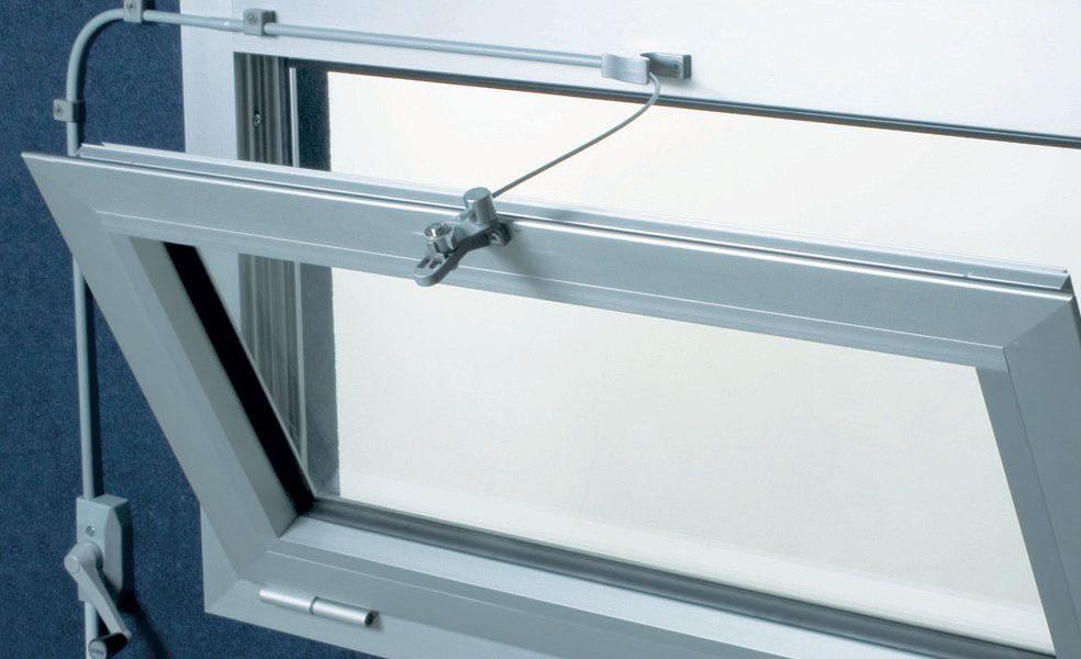 komplekt dlya nizhnepodvesnogo okna 2