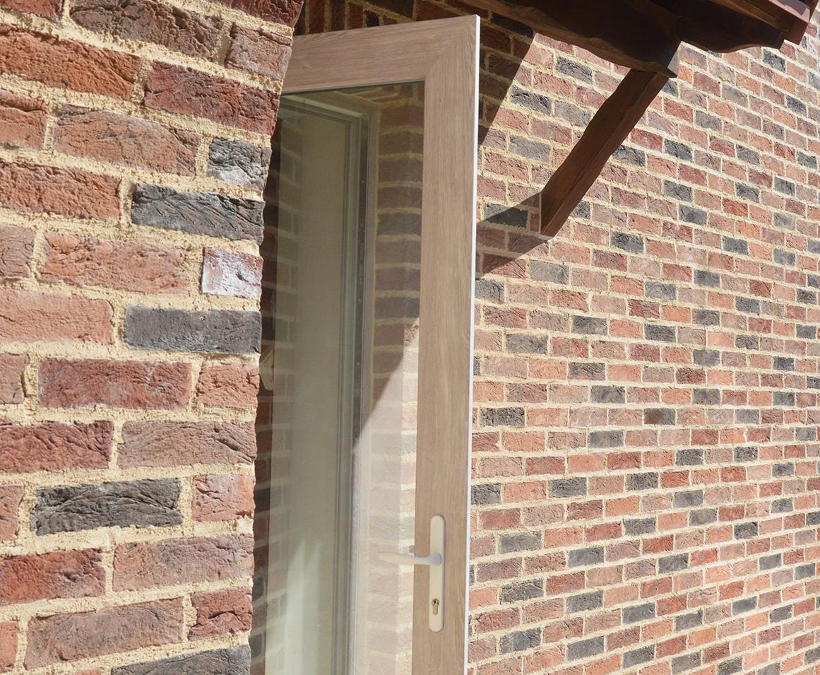 Входные металлопластиковые двери изготовление и монтаж