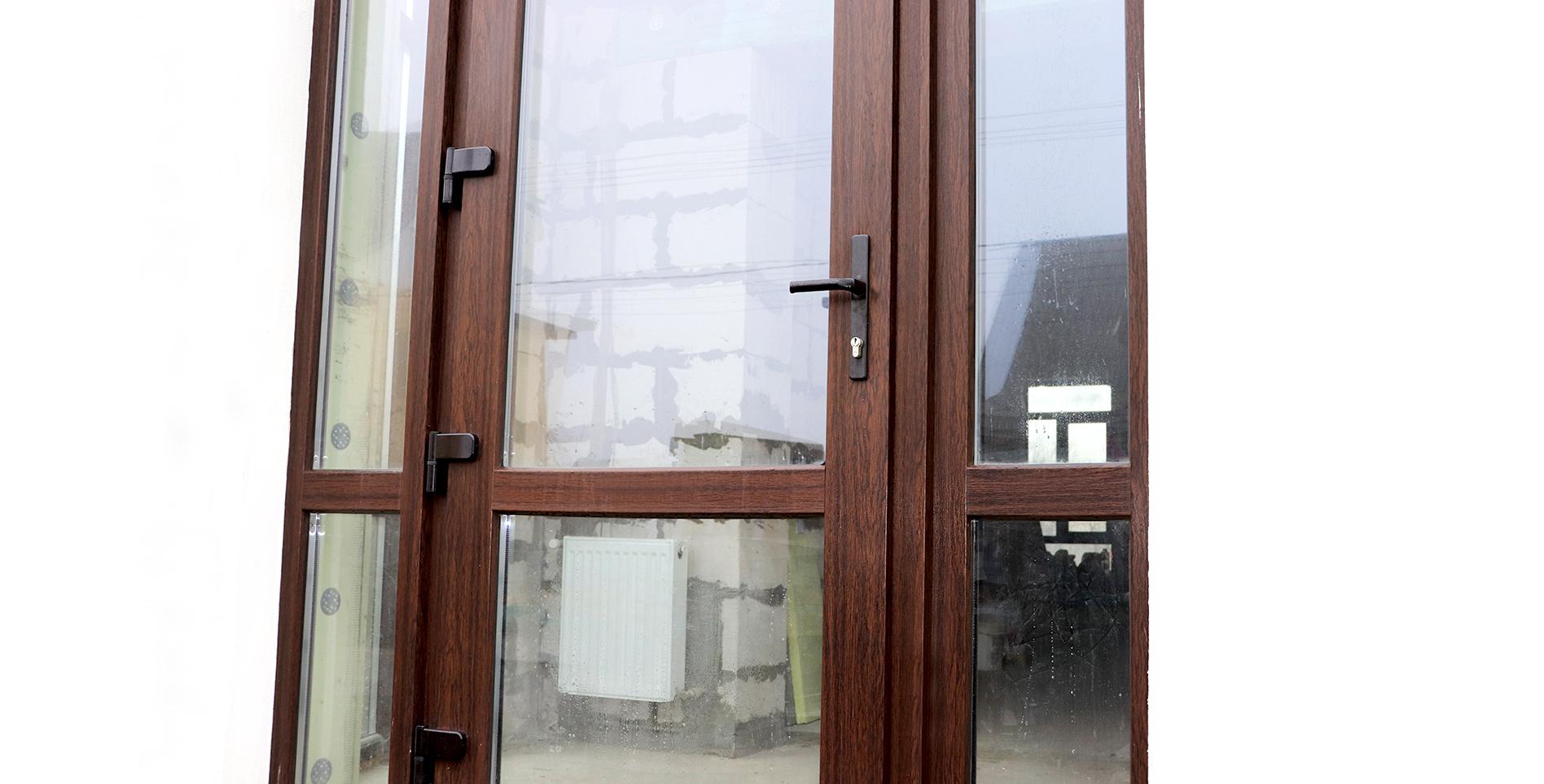 дверь металлопластик входная